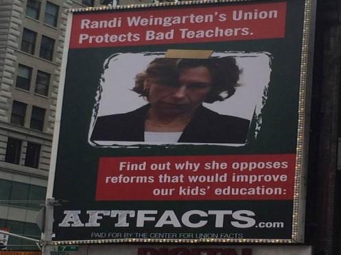 Randi billboard CUF